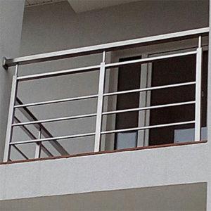 Перила на балкон профильные